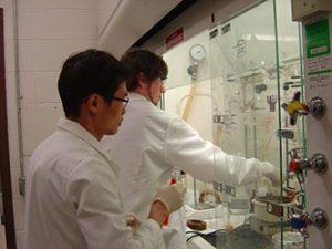 Undergrad Andrew in the Lab3